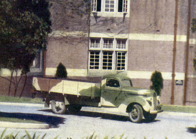 Australian Army Vehicles And Camouflage In Wwii By Laurie